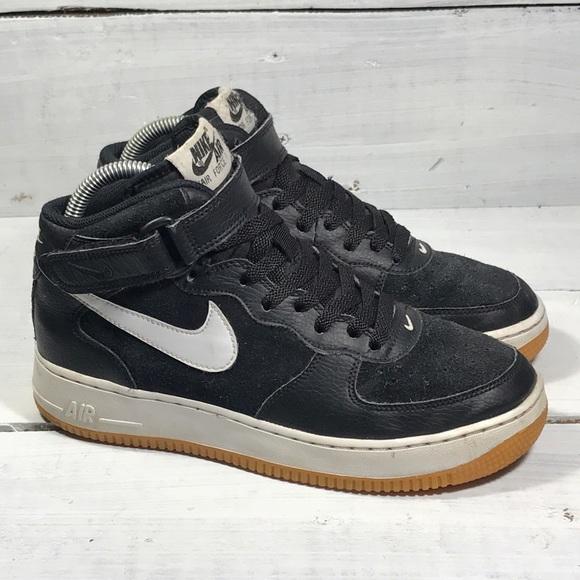 2b6979c12927 Nike Air Force 1 Suede Basketball Shoes. M 5c6da20a5c4452725ff62f9e